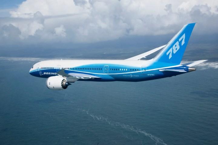 Boeing 787 Dreamliner Pictures | secondtofirst com