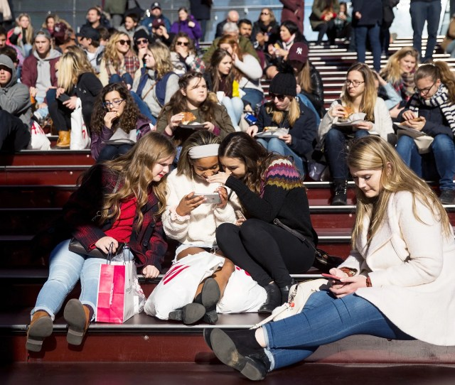 Even Teens Worry That Teens Are Addicted To Their Phones