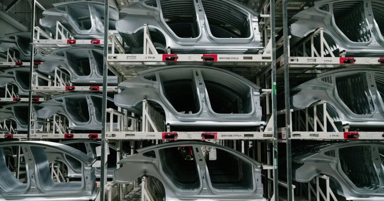 tesla 3 models in factory