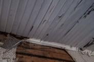 En del av taklisten som inte gick att rädda.