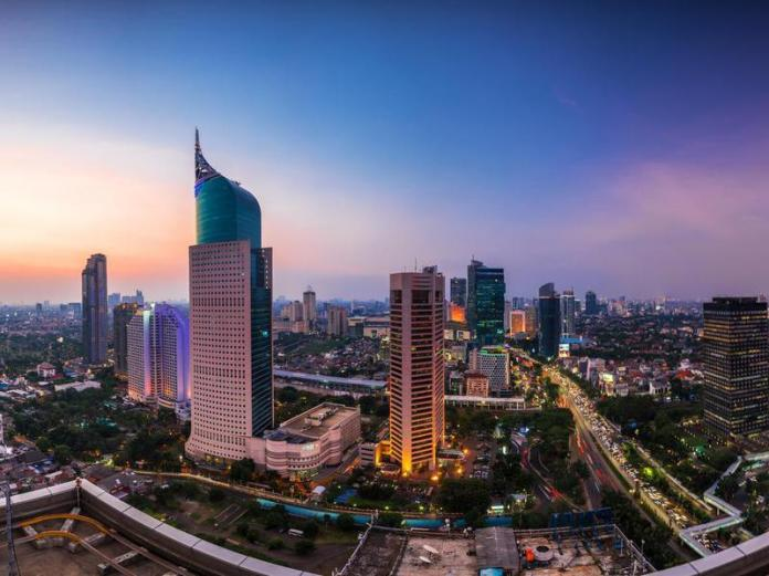 Renting a nice three-bedroom apartment in Jakarta costs less than $600 per month.