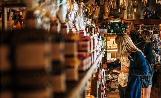 Zakupy bez maseczek mogą być niedozwolone. / autor: Pixabay