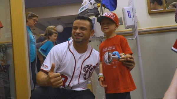 Nationals outfielder visits kids battling cancer before hitting the road to Houston