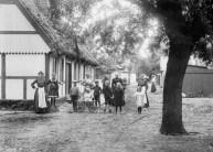 Gåsgatan i Falsterbo på 1910-talet.