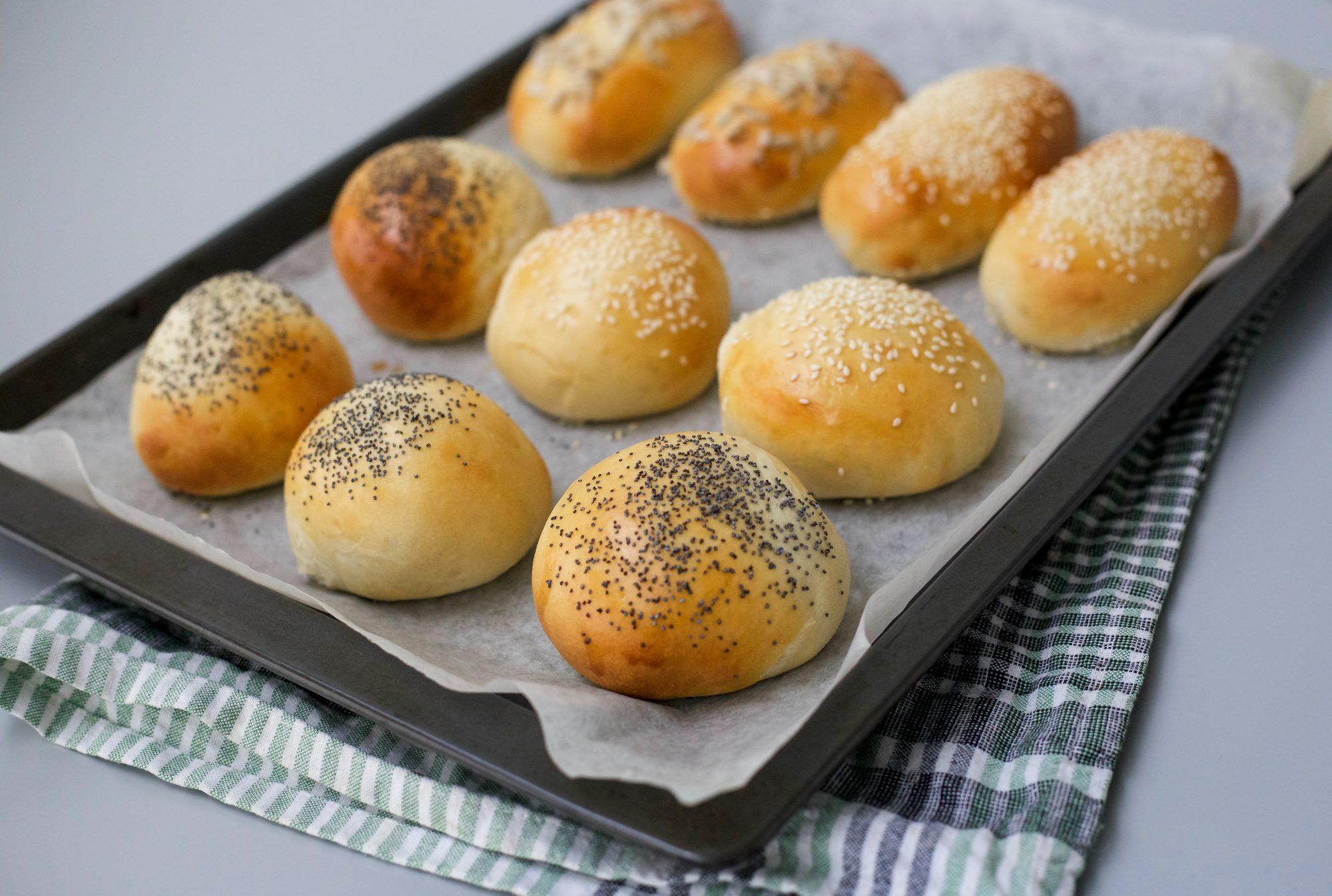 enkla bröd bullar