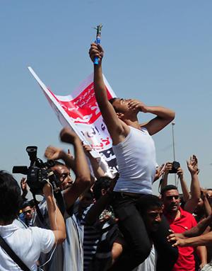 Los manifestantes en Egipto, en 2011: Twitter tuvo un rol central/ Télam
