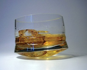 mareados-whiskey-glass-swid