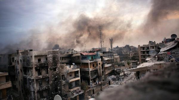 Zerstörung in Aleppo: Die Verbrechen des Konflikts waren auch und vor allem die Ausgeburt einer in hohem Grade verwerflichen Entscheidung der Rebellen - ihres Griffs zu den Waffen