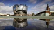 Wie ein Museum in Rotterdam seine komplette Sammlung zugänglich macht