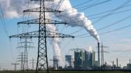 Das Braunkohlekraftwerk Schkopau in Sachsen-Anhalt soll im Jahr 2034 abgeschaltet werden.