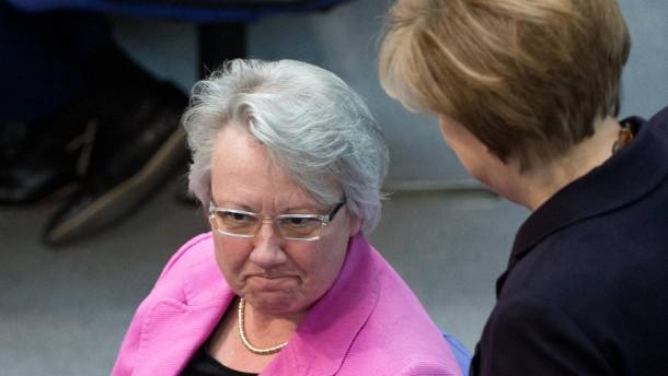 Bundestag Schavan Merkel