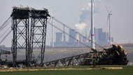 Kommentar zur deutschen Klimapolitik: Hambi-Hype und Kohle-Farce