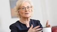Wagt mit 56 Jahren einen Neustart: die Viernheimer Sozialdemokratin  Christine Lambrecht