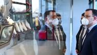 Jens Spahn zu Besuch bei IDT Biologika in Dessau-Roßlau