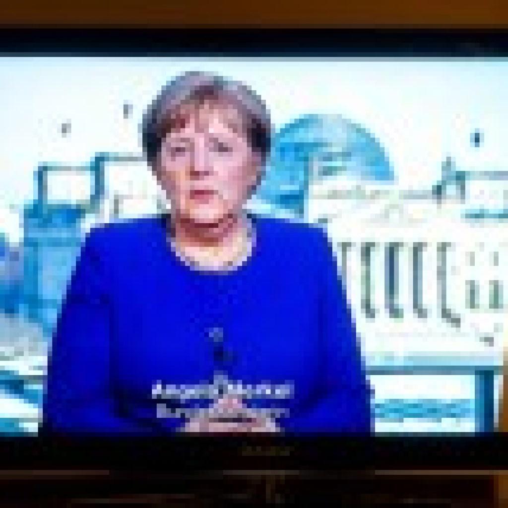 """Von Kanzlerwelpen und Gouvernanten-Primadonnen: Gerhard Stadelmaiers Buch """"Deutschlandglotzen"""""""