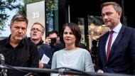 Robert Habeck, Annalena Baerbock und Christian Lindner werden – so sieht es zumindest gerade aus – Teil der nächsten Bundesregierung sein.