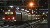 Am Sonntag stoppten die Behörden einen Zug am Brenner, weil bei zwei Passagierinnen der Verdacht auf das Coronavirus bestand. Er bestätigte sich nicht.