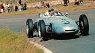 Die Formel 1 im Jahr 1961: Hans Herrmann im Porsche 718 beim Rennen in Zandvoort.