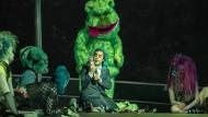 Der für die Spektakel aufgebotene Bühnenzauber in der Semperoper ist enorm.