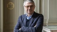 Stets im Dienst des Überlebensmittels: Zum Siebzigsten des Theaterintendanten Ulrich Khuon