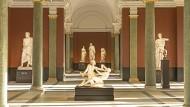 So hat man sie noch nie gesehen: Die Dresdner Antikensammlung wird in dem schon von Gottfried Semper für Bildhauerwerke gedachten Saal zur Augenweide.