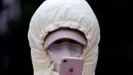 In Zeiten von Covid-19 werden Mobiltelefone zu Werkzeugen der Epidemiologen.