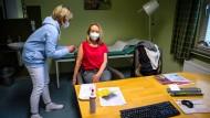 Arztpraxen dürfen Corona-Impfstoff bald auswählen