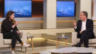 Luisa Neubauer und Armin Laschet diskutieren bei Anne Will.