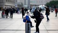Neue Freiheit: In Wuhan dürfen die Menschen seit Mittwoch wieder verreisen.