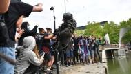 Stiftungspräsident Hermann Parzinger warnt: Nicht jedes Denkmal stürzen