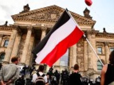 Vor Innenministerkonferenz: Mustererlass zum Umgang mit Flaggen