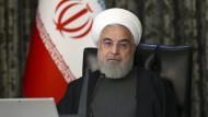 Anschlag auf Atomphysiker: Irans Präsident Rohani beschuldigt Amerika und Israel