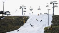 Streit um Skisaison: Merkel für Schließung der Skigebiete in Europa