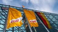 Entscheidung gefallen: Die CDU verschiebt ihren für den 4. Dezember geplanten Präsenzparteitag.