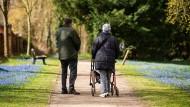 Betriebsrenten sind trotz Krise stabil: Sollte ein Unternehmen nicht überstehen, ist die Betriebspension durch den Pensions-Sicherungs-Verein abgesichert.