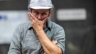 Ein Mitarbeiter der Eisengießerei Torgelow in Mecklenburg-Vorpommern. Das Unternehmen, das mit 320 Mitarbeitern zu den wichtigsten Arbeitgebern in Vorpommern gehört, hatte Mitte Juli Insolvenzantrag gestellt.