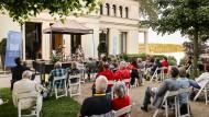 Kunst vor preußischer Kulisse: Lesung mit Eva Menasse beim Potsdamer Literaturfestival