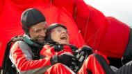 Gleitend: Inga Lürsen (Sabine Postel) und Nils Stedefreund (Oliver Mommsen).