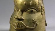 Erbeutet von britischen Truppen bei einer Strafaktion: Benin-Maske aus Messing, um 1800