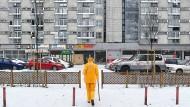 Farbe bringen die Bewohner ins Spiel: In der Siedlung Za Zelazna Brama im Nordwesten der Innenstadt von Warschau