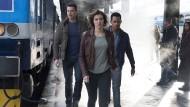 Sind in Eile: Scott Foley, Lauren Cohan und Tyler James Williams (von links) spielen das Agententrio.