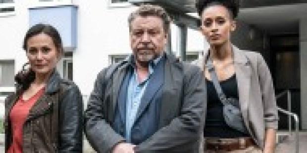 """""""Nachtschicht: Blut und Eisen"""" im ZDF: Maskenpflicht und Frauenquote"""