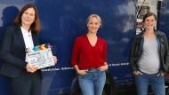 """Eva Herzig (Mitte) bei Dreharbeiten zur Reihe """"Steirerkrimi"""" im Herbst des vergangenen Jahres."""
