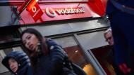 Die hohen Kosten für 5G-Lizenzen machen Vodafone zu schaffen.