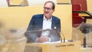 CSU-Landesgruppenchef Dobrindt Anfang Juli im bayerischen Landtag