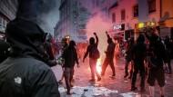 Prozess zu G-20-Krawallen: Schuldig durch Mitmarschieren?