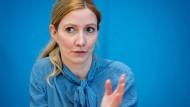 """""""Es gibt Spielraum für vorsichtige Lockerungen, was eine sehr gute Nachricht ist"""": Virologin Sandra Ciesek"""