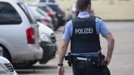 """""""Äußerst besorgniserregend"""": In diesem Jahr wurden genauso viele Polizisten angegriffen wie im vergangene Jahr (Symbolbild)."""