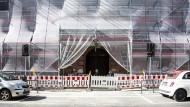 Sparsamerer Energieverbrauch drinnen und draußen: Pilotprojekt vor dem Alten Gericht in Wiesbaden