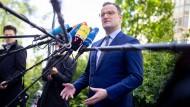 Gesundheitsminister Jens Spahn schlägt die App auf Rezept vor.